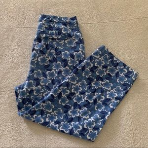 Cherokee Stretch Blue Floral Capri Cropped Pants 6